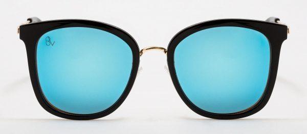 Gafas de sol con cristal azulado